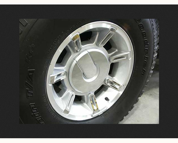 Quality Automotive Accessories 36-Piece Steel Wheel Skin Trim Accents Hummer H2 2008