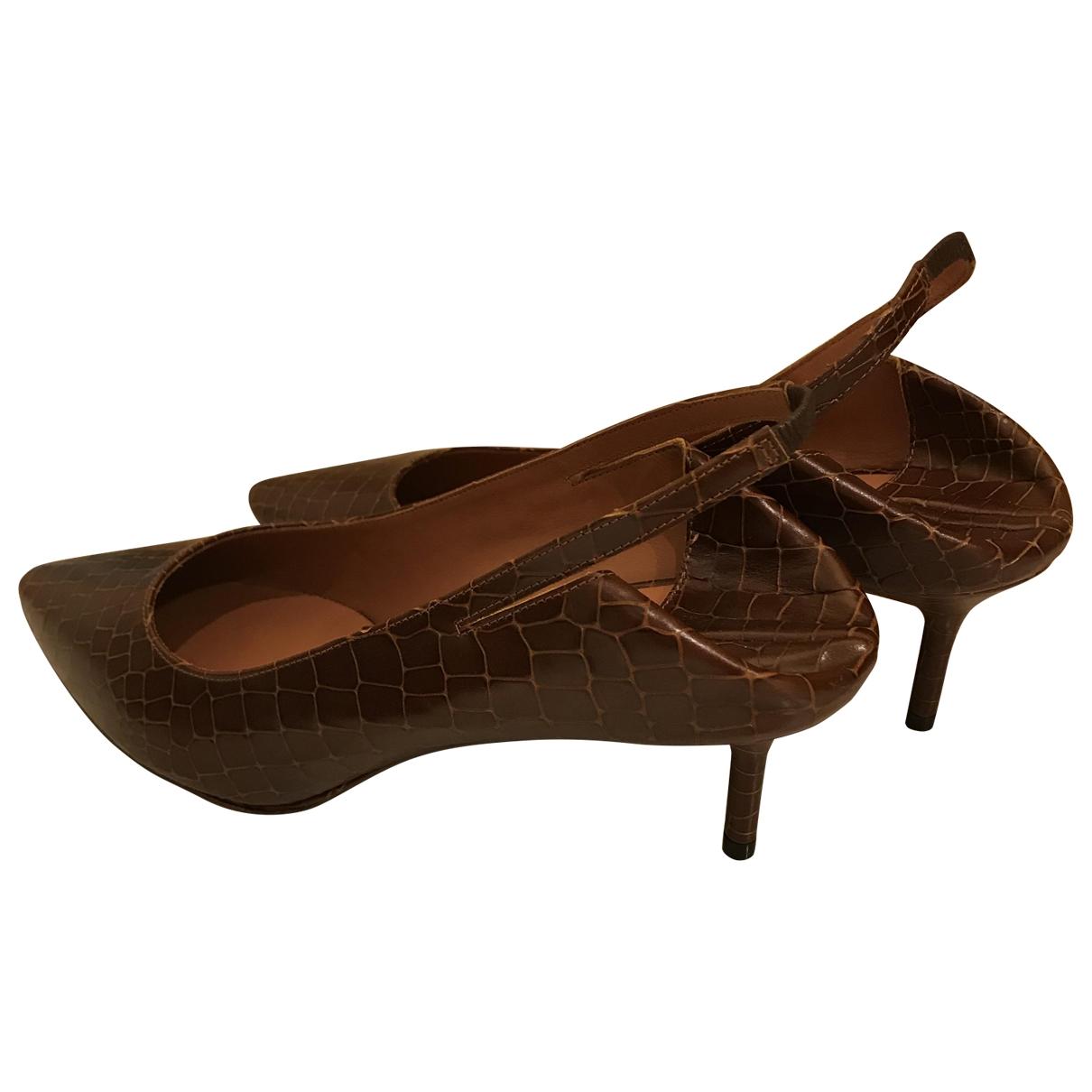 Vetements - Escarpins   pour femme en cuir - marron