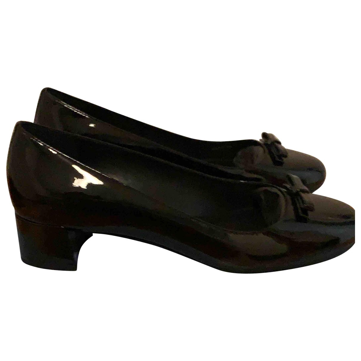 Prada - Ballerines   pour femme en cuir verni - noir