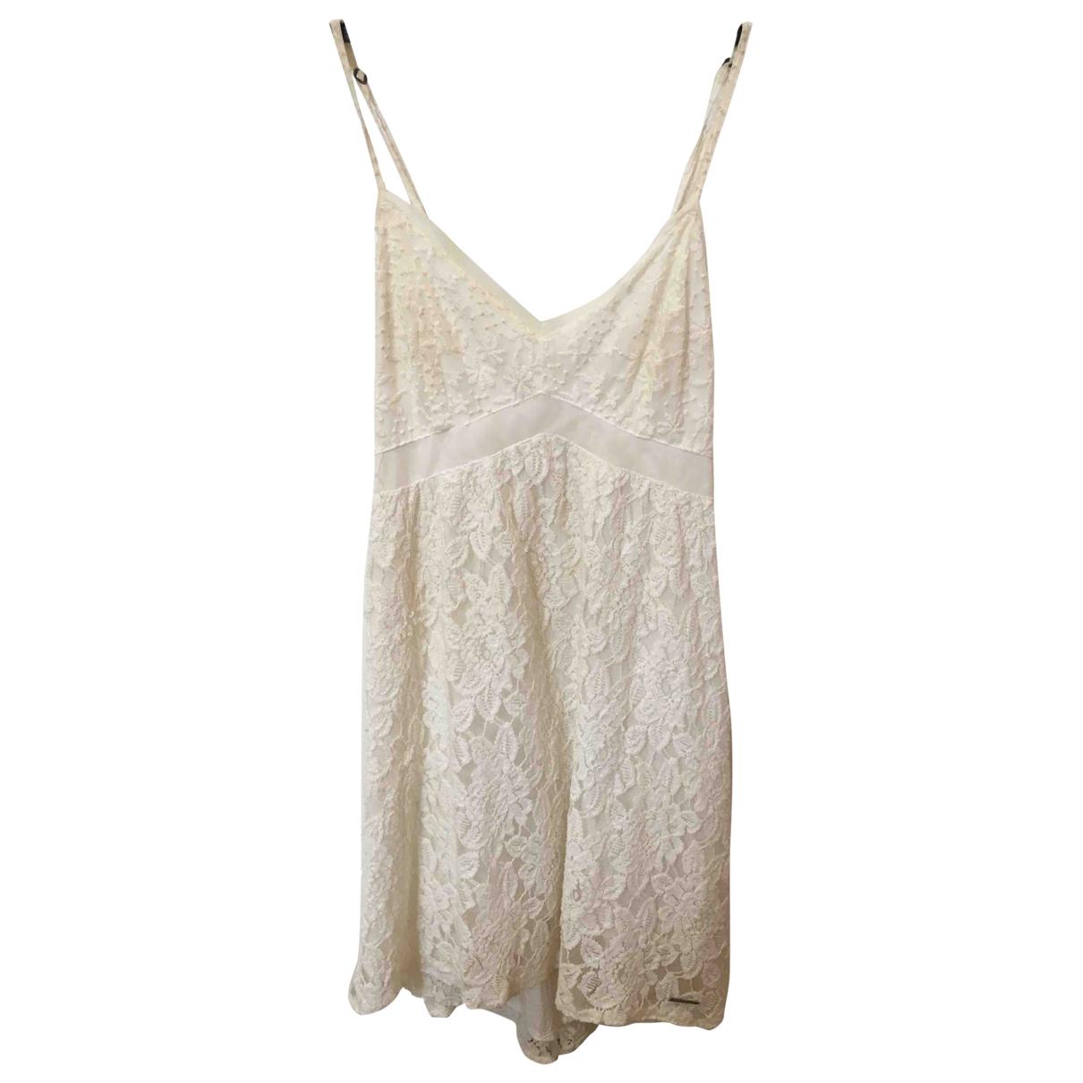 Abercrombie & Fitch \N Kleid in  Weiss Viskose