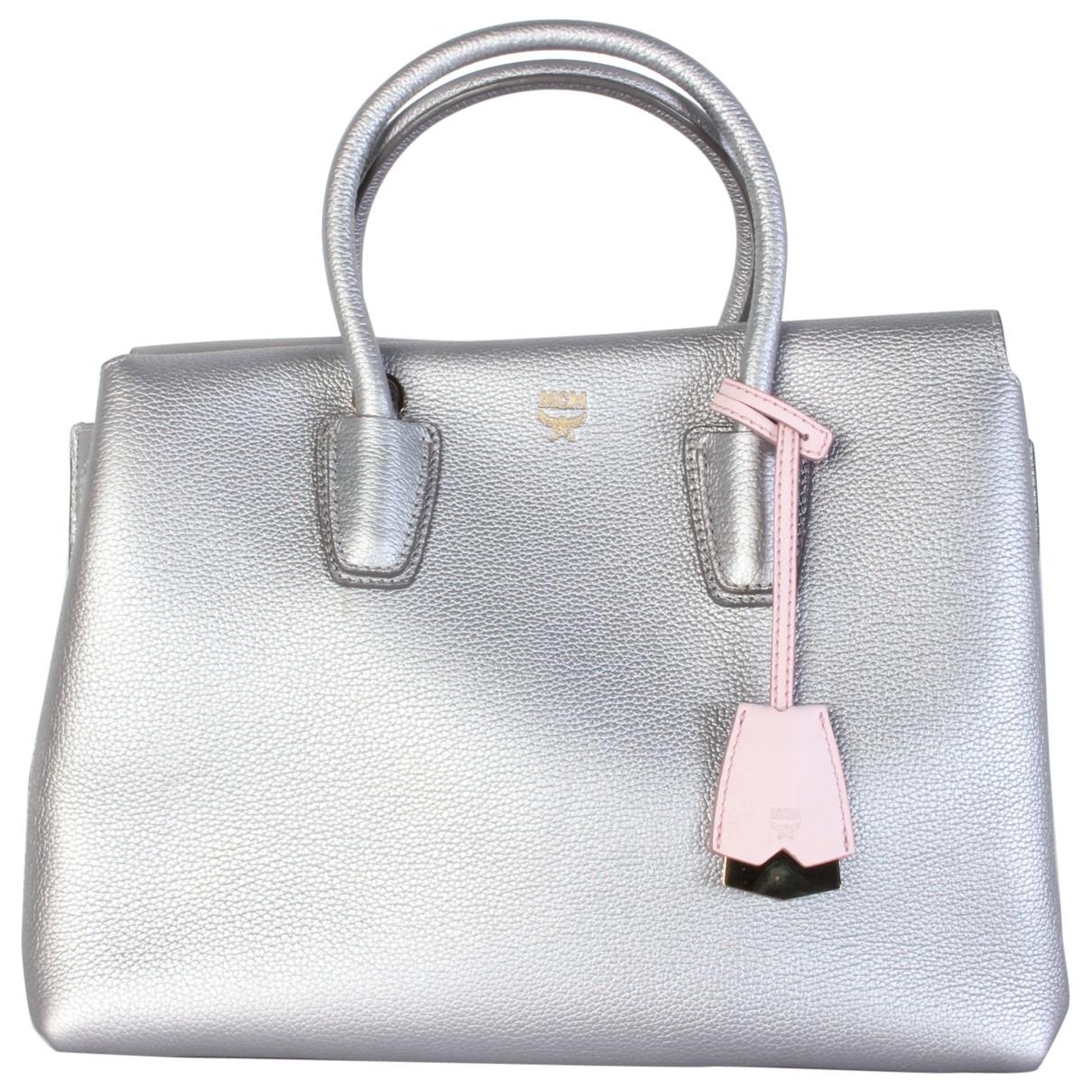 Mcm \N Handtasche in  Silber Leder