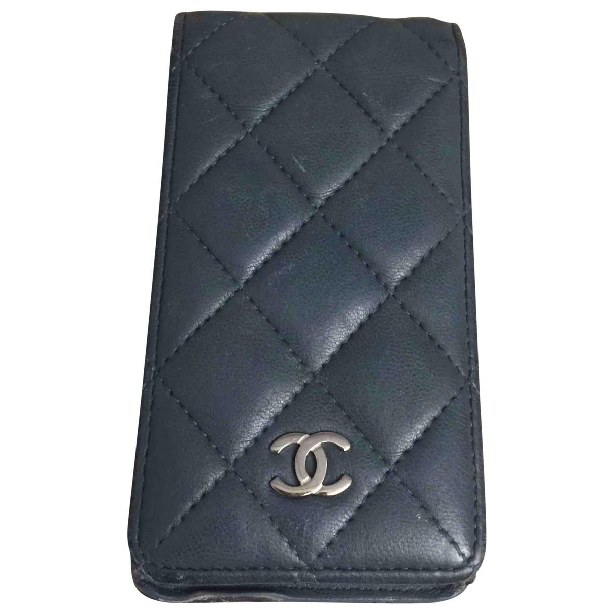 Accesorio tecnologico de Cuero Chanel