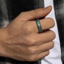 Maenner Bunter Ring