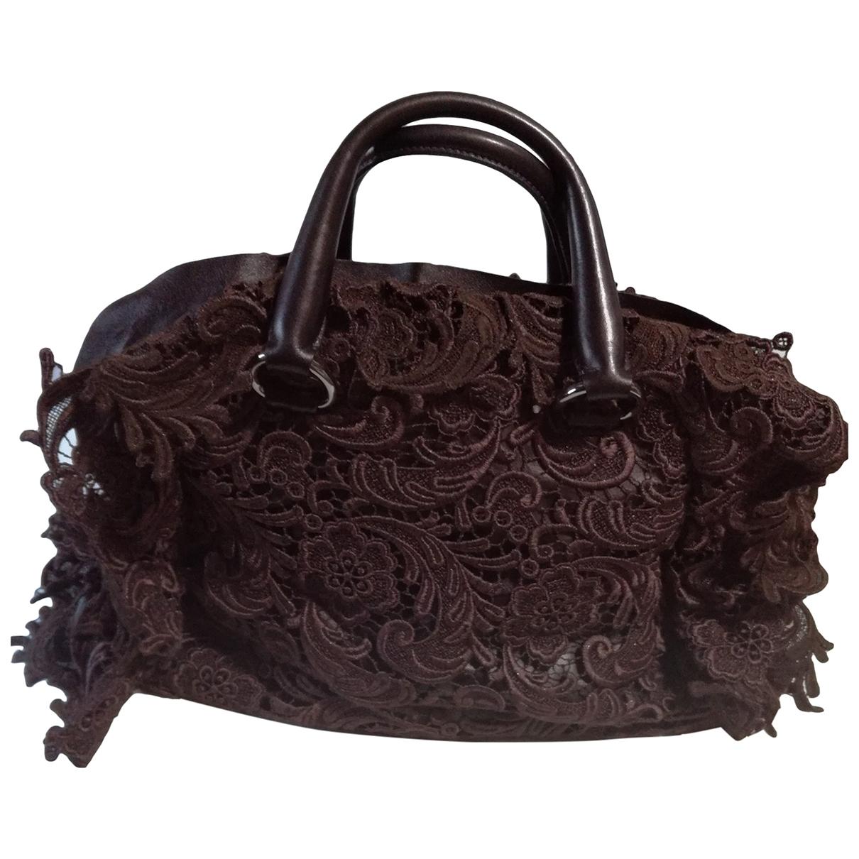 Prada \N Handtasche in  Braun Leder