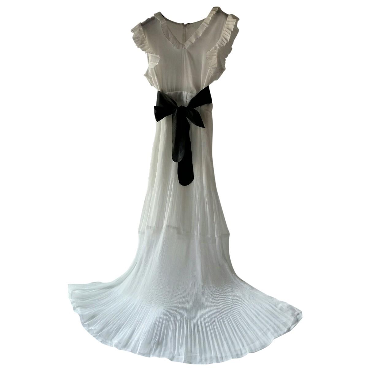 Non Signé / Unsigned \N White dress for Women S International