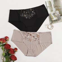 2pack Plus Floral Embroidered Panty Set