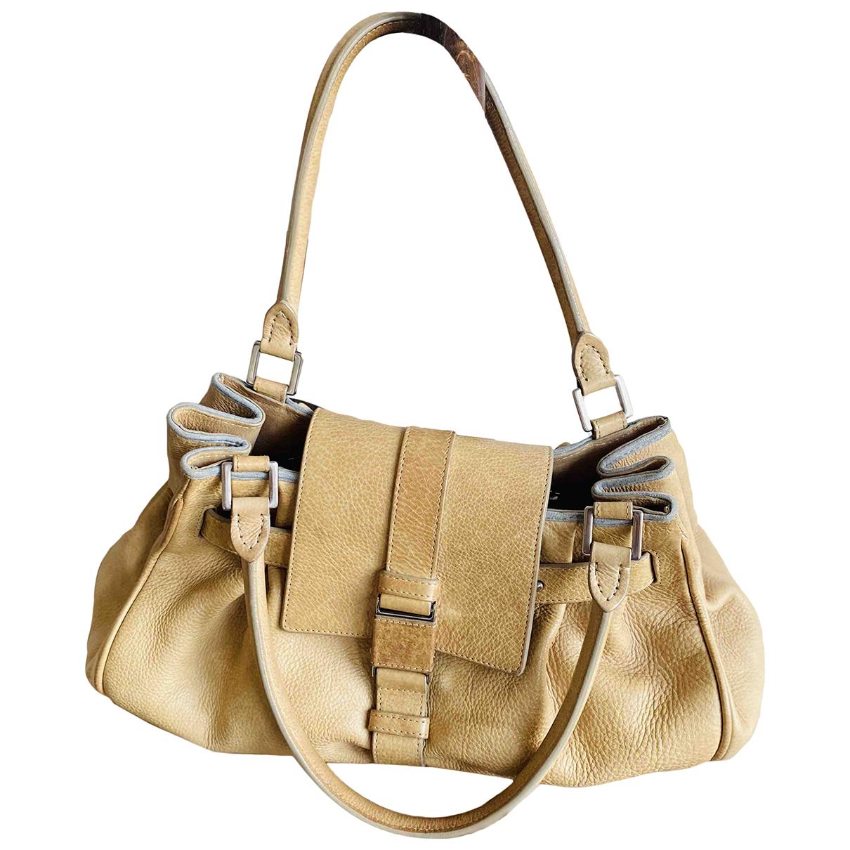Brunello Cucinelli \N Handtasche in  Beige Leder