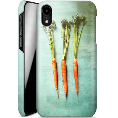 Apple iPhone XR Smartphone Huelle - Three Carrots von Joy StClaire
