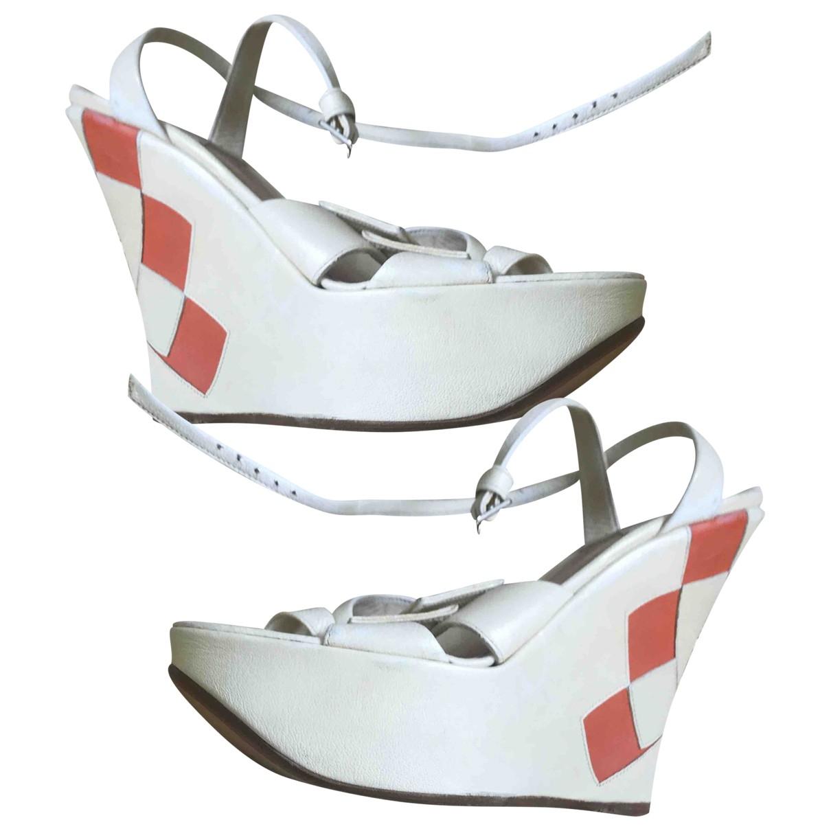 Sandalias de Cuero Michel Perry