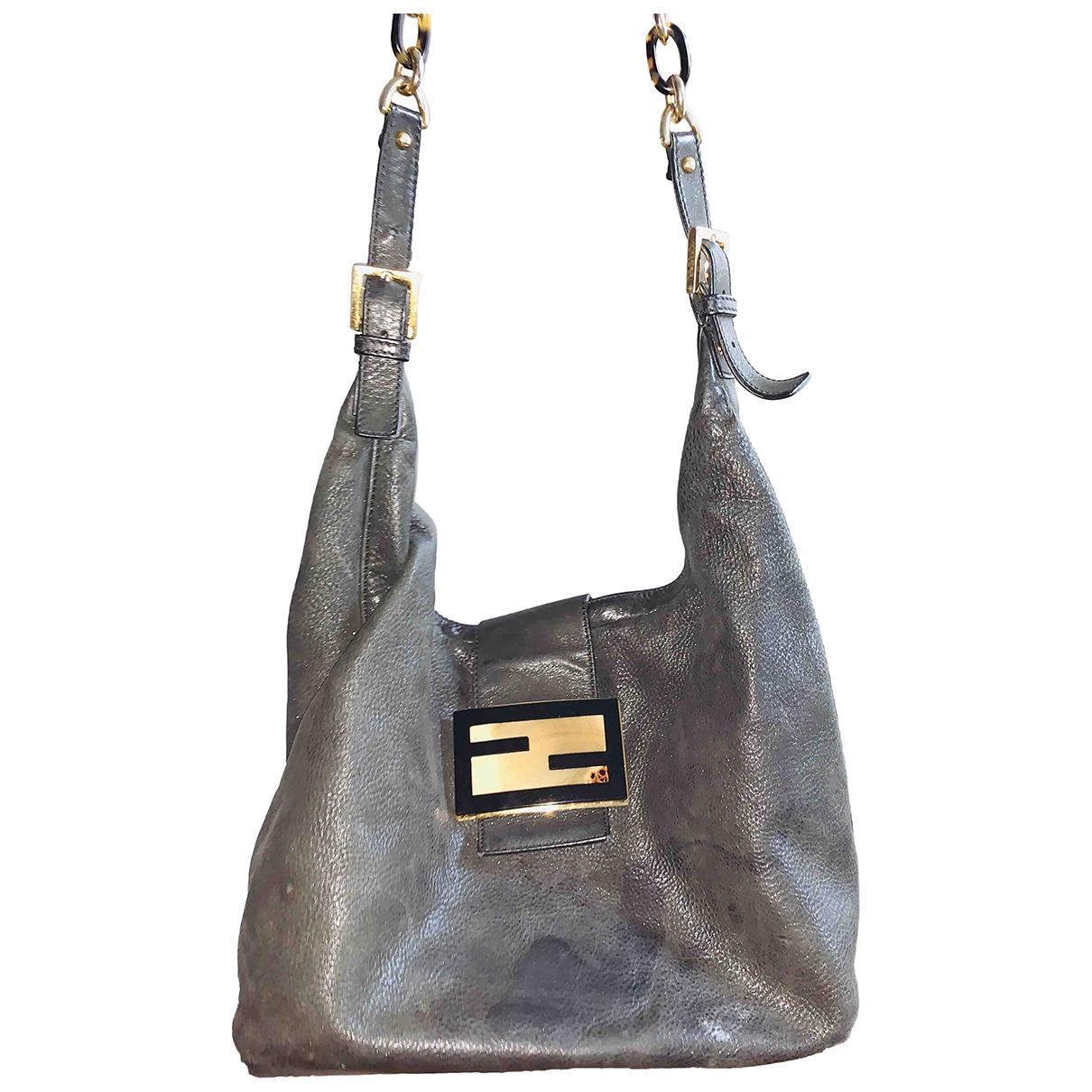 Fendi Mamma Baguette  Black Leather handbag for Women \N