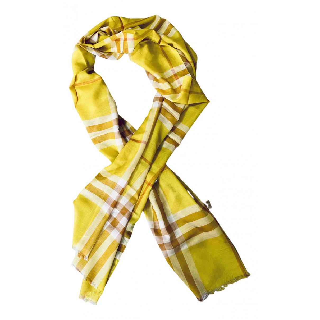 Burberry \N Yellow Wool scarf for Women \N