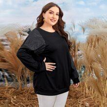 Einfarbiges Sweatshirt mit Kontrast Ärmeln