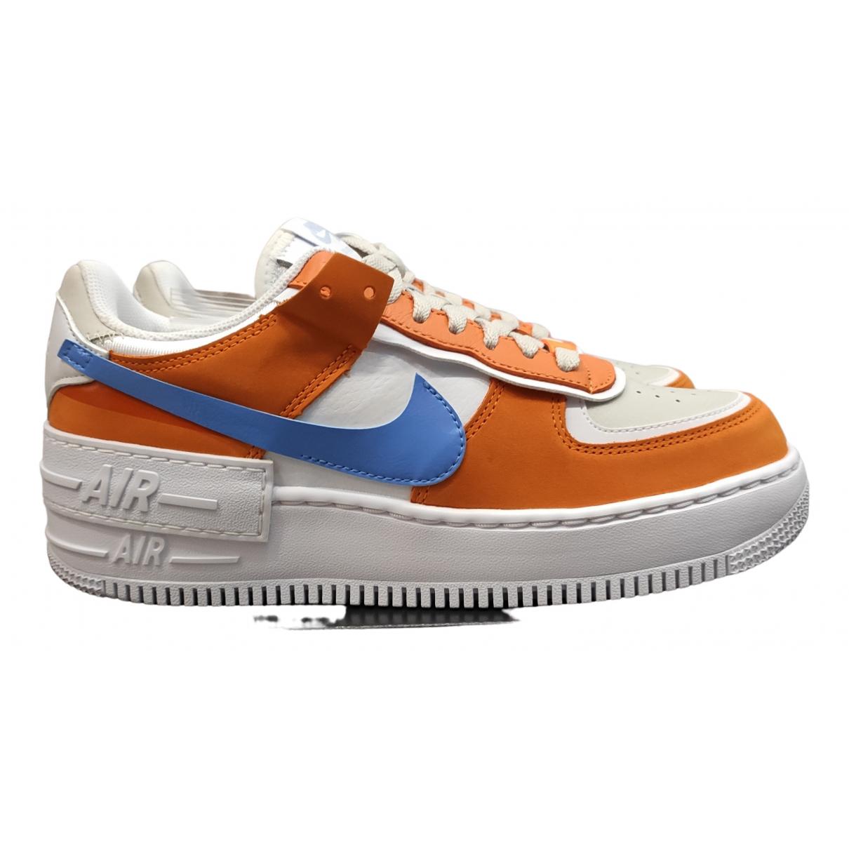 Nike - Baskets Air Force 1 pour femme en suede - orange