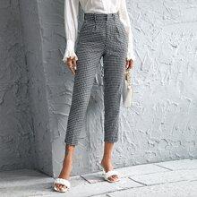 Pantalones conicos con estampado de guingan plegados
