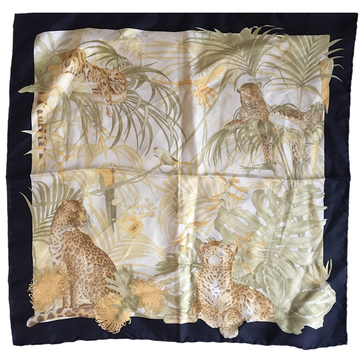 Salvatore Ferragamo \N Beige Silk scarf for Women \N