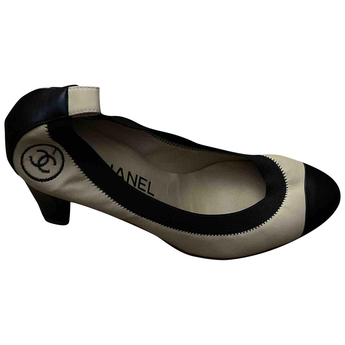 Tacones de Cuero Chanel