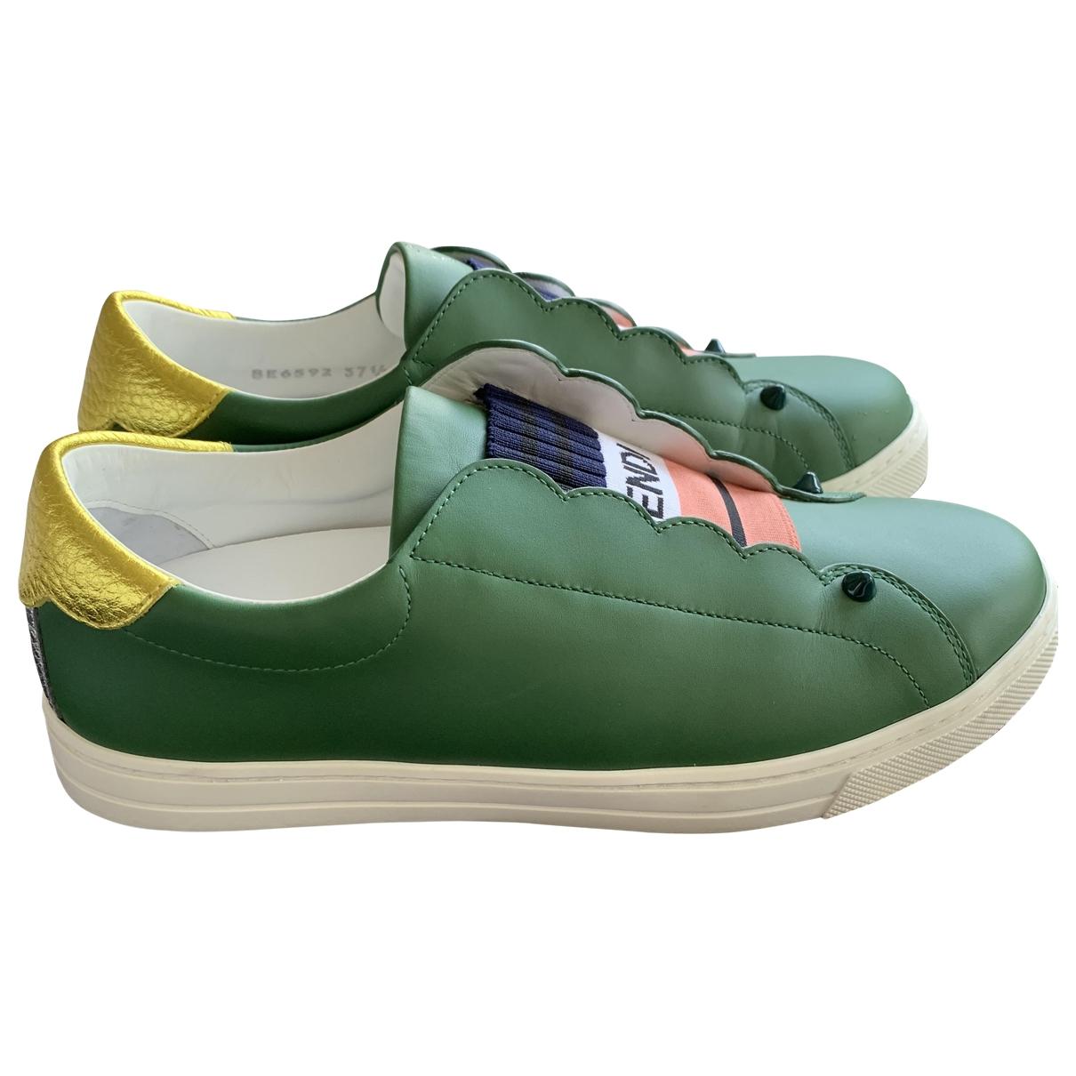 Fendi \N Sneakers in  Gruen Leder