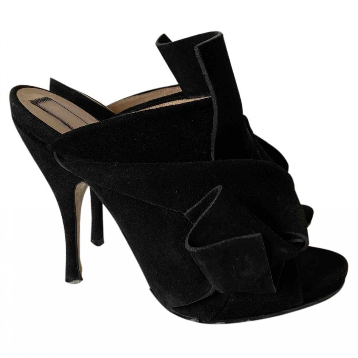 N°21 - Sandales   pour femme en suede - noir