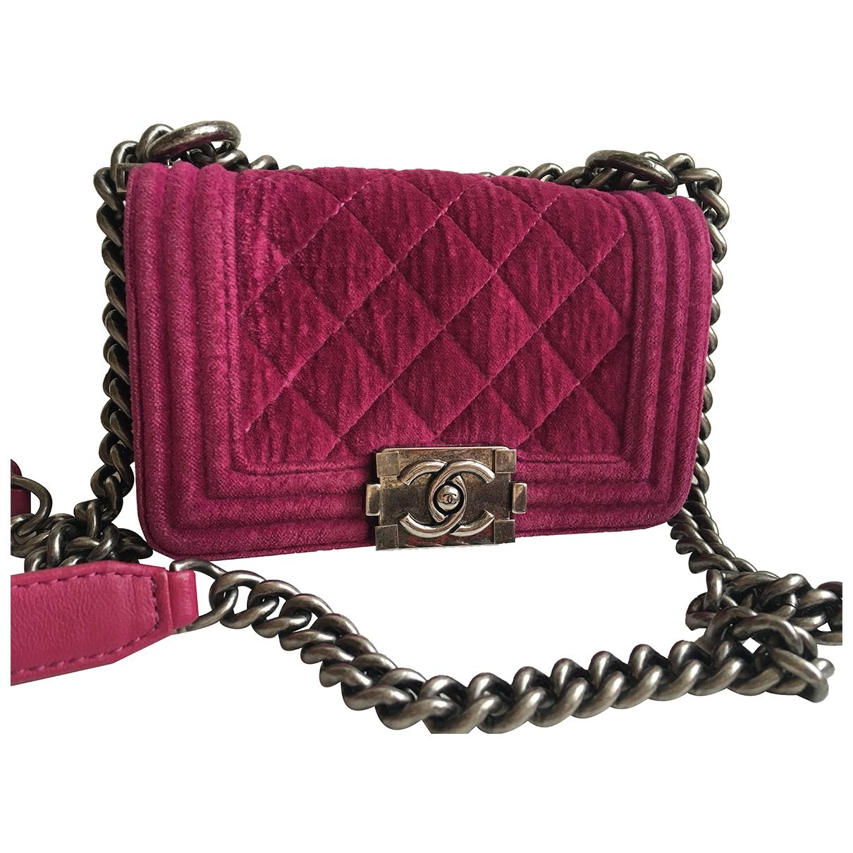 Chanel Boy Handtasche in  Rosa Samt
