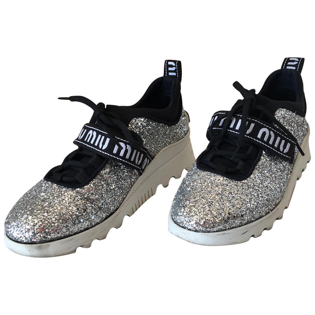 Miu Miu \N Sneakers in  Silber Mit Pailletten