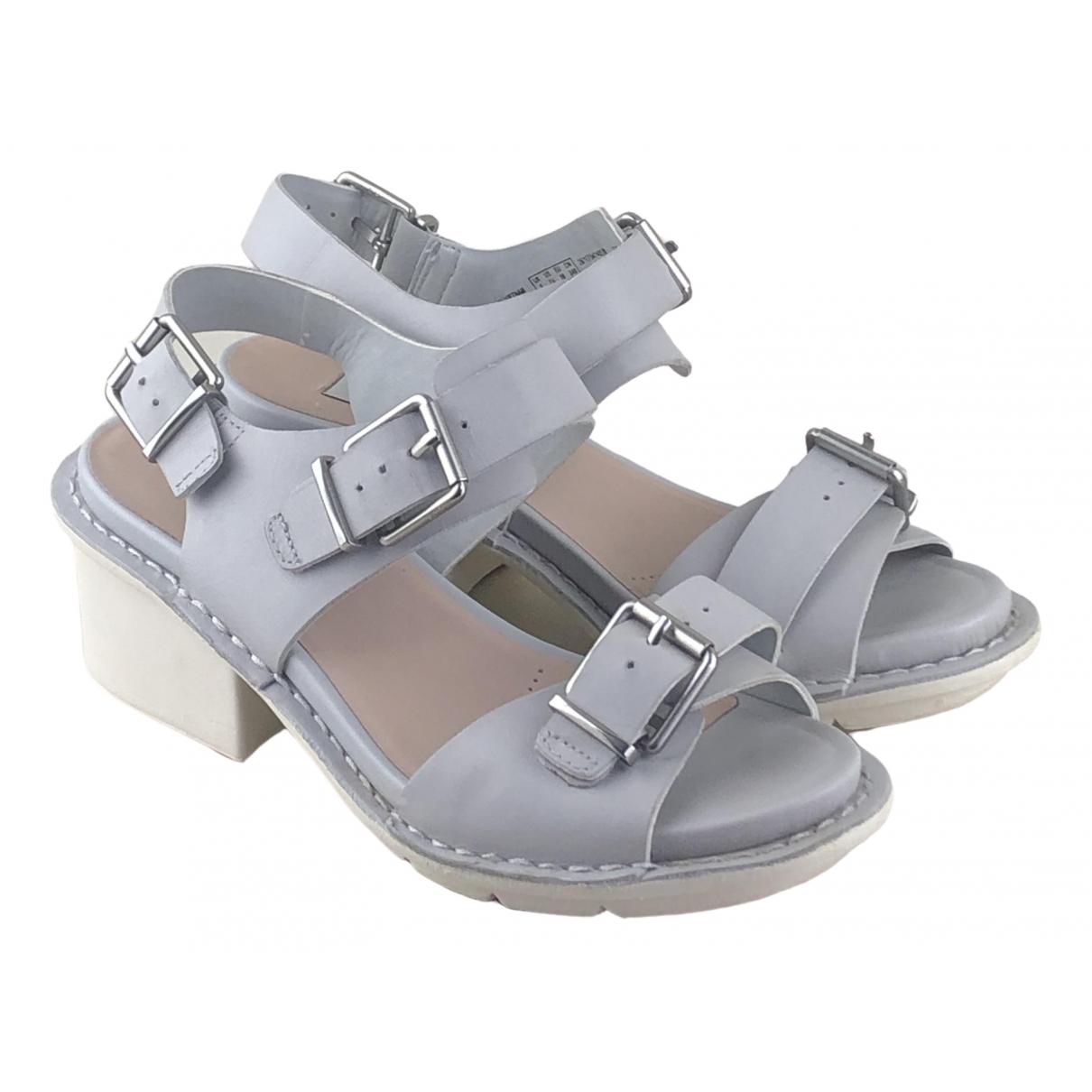 Clarks - Sandales   pour femme en cuir - gris