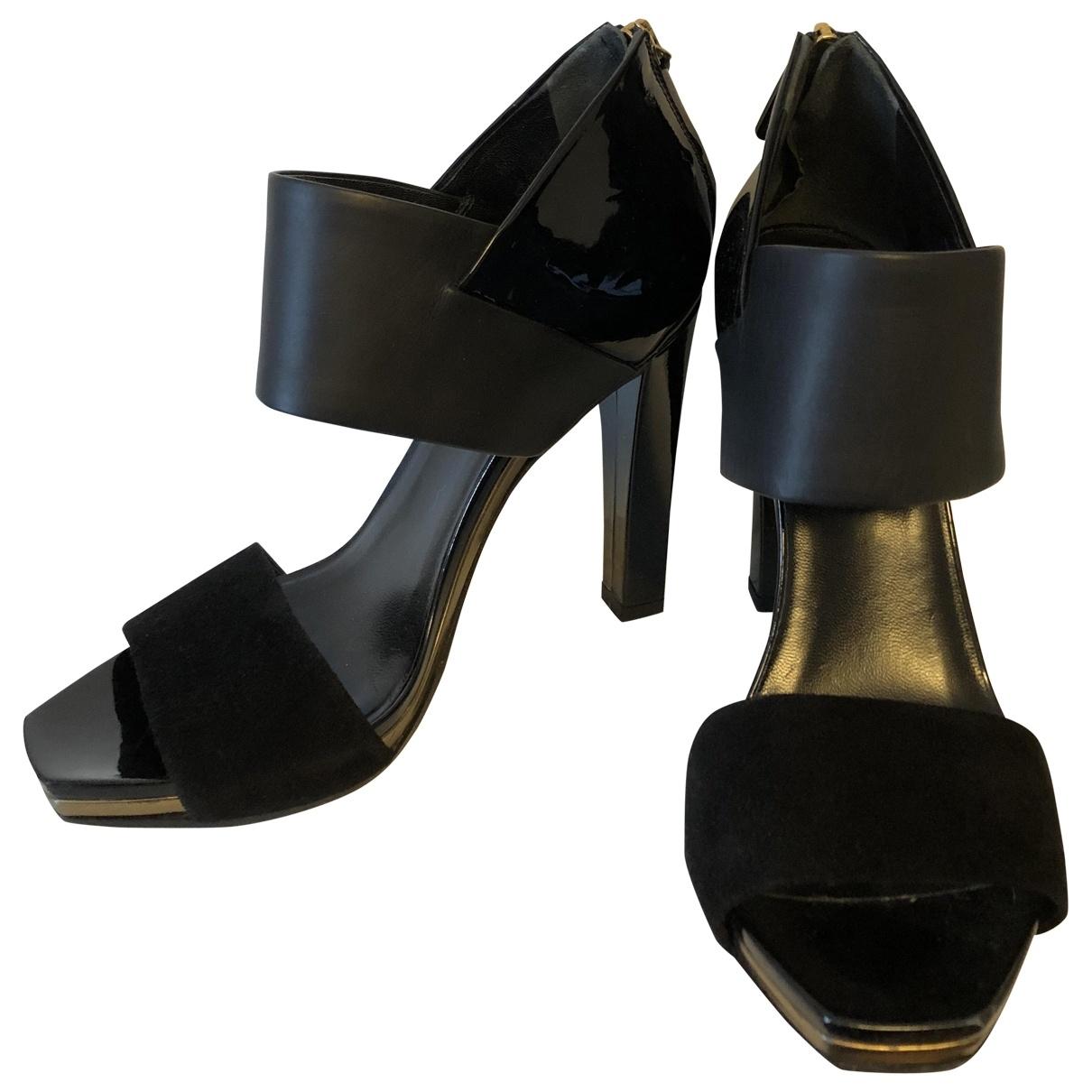 Gucci \N Black Leather Sandals for Women 36 EU