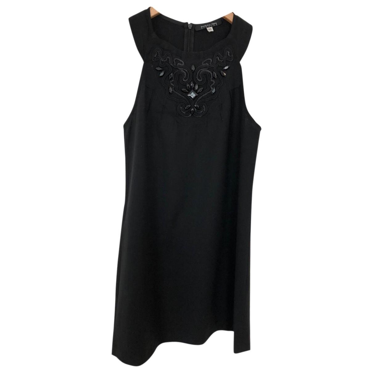Patrizia Pepe \N Kleid in  Schwarz Wolle