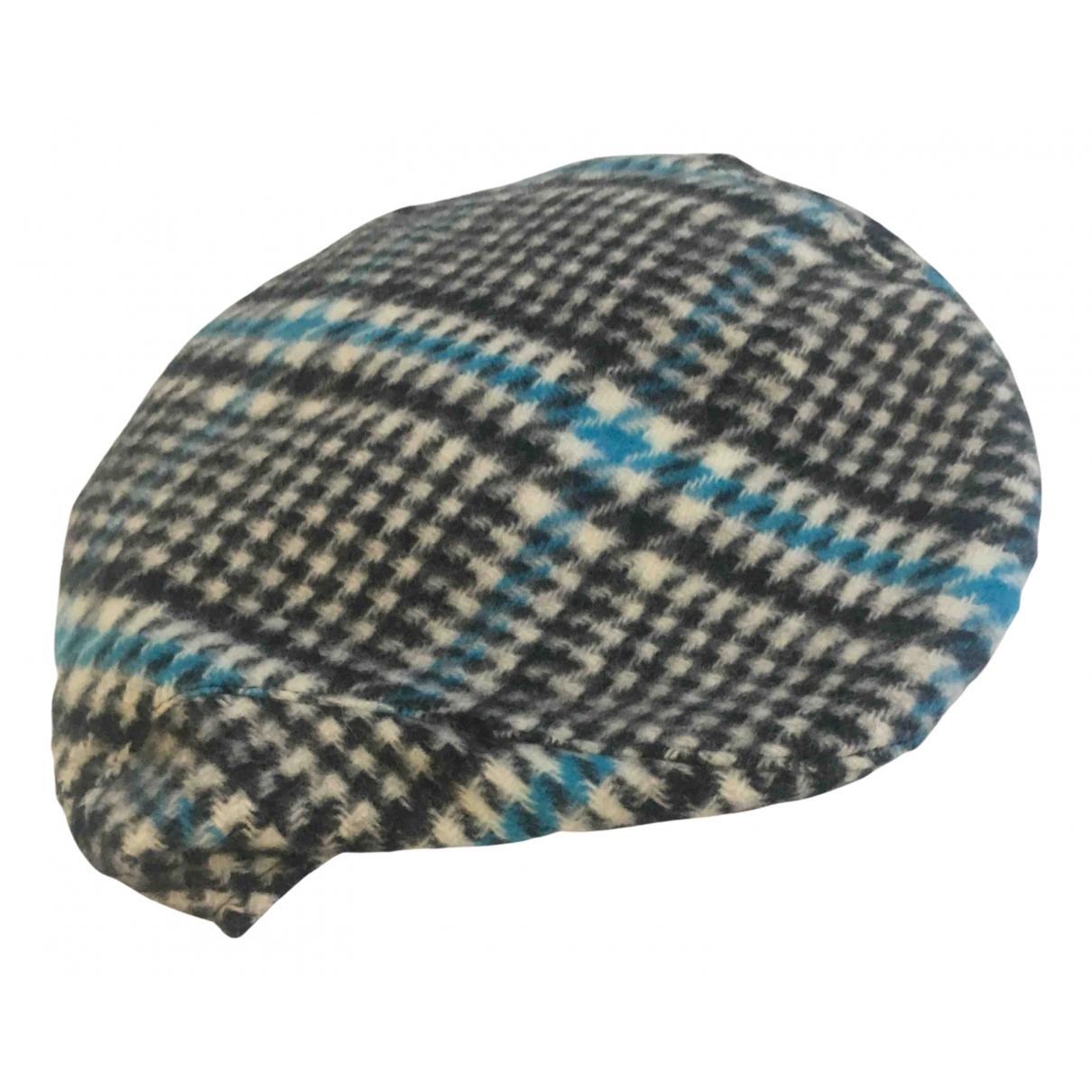 Burberry \N Hut, Muetzen in Wolle