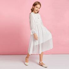 Kleid mit Schleife vorn, Rueschenbesatz und Punkten Muster