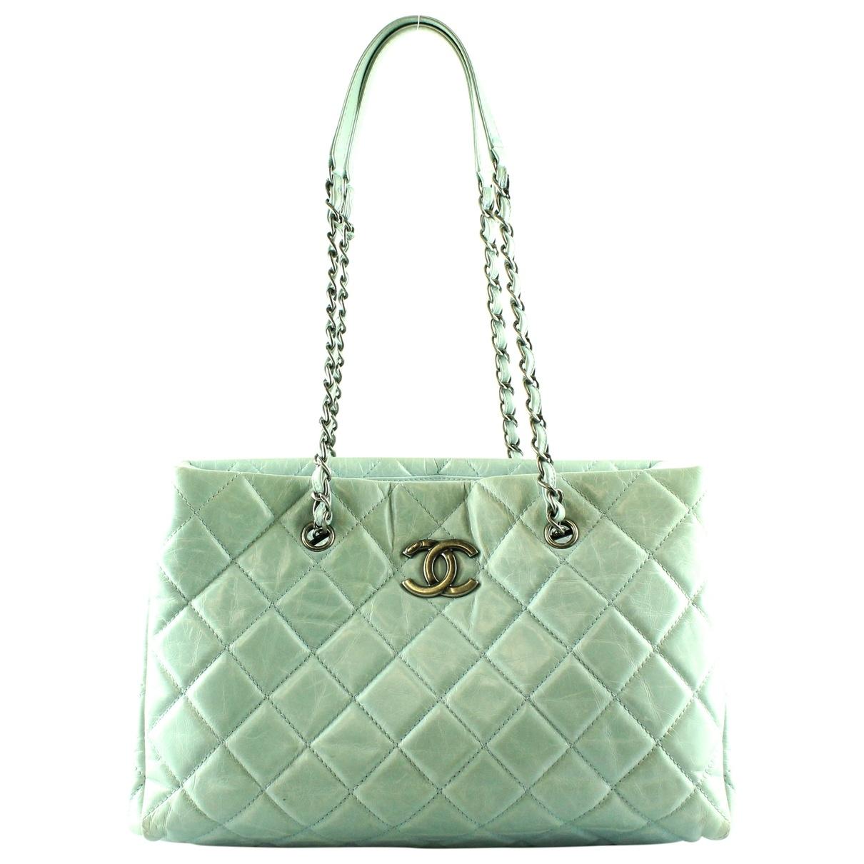 Chanel \N Green Leather handbag for Women \N