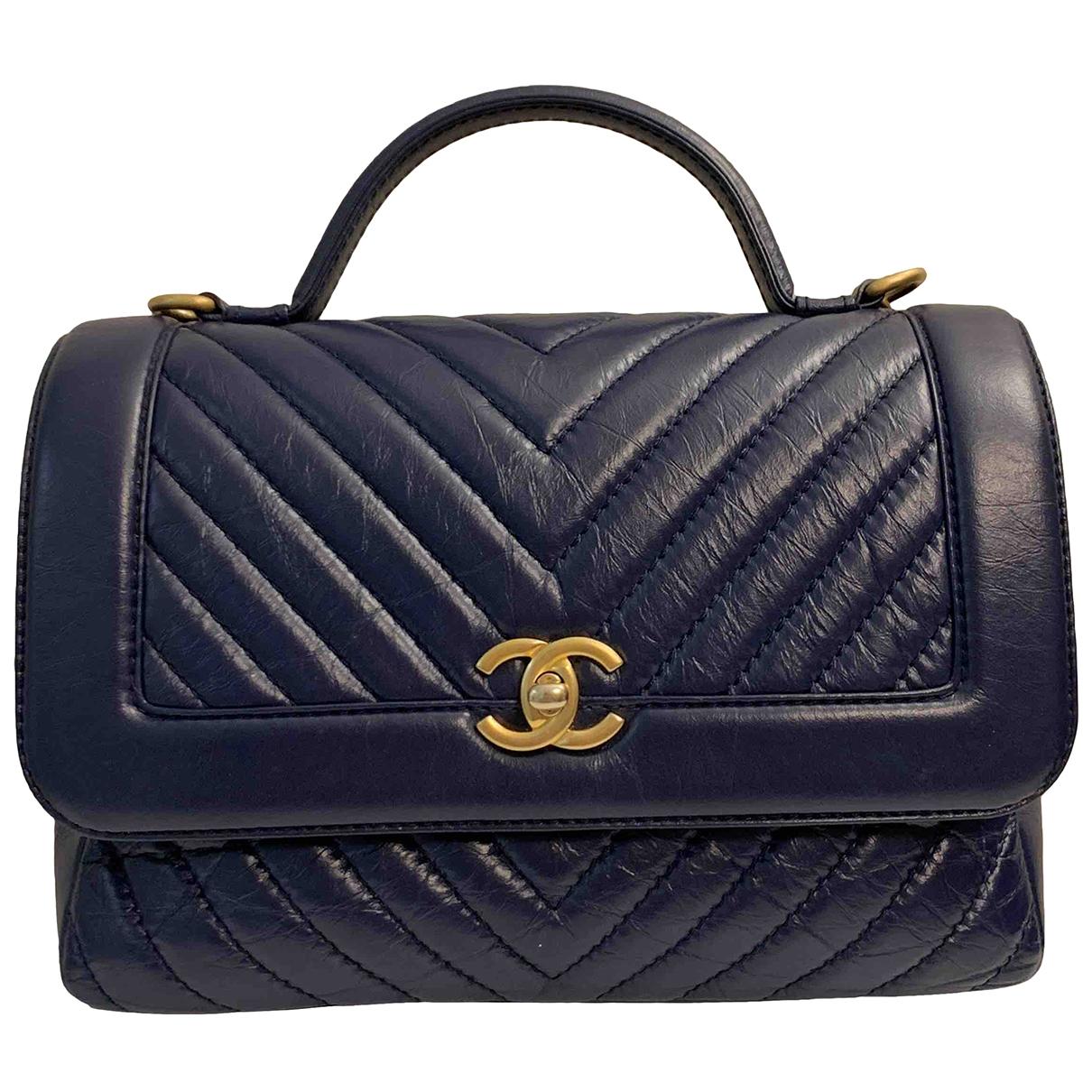 Chanel Coco Handle Handtasche in  Blau Leder