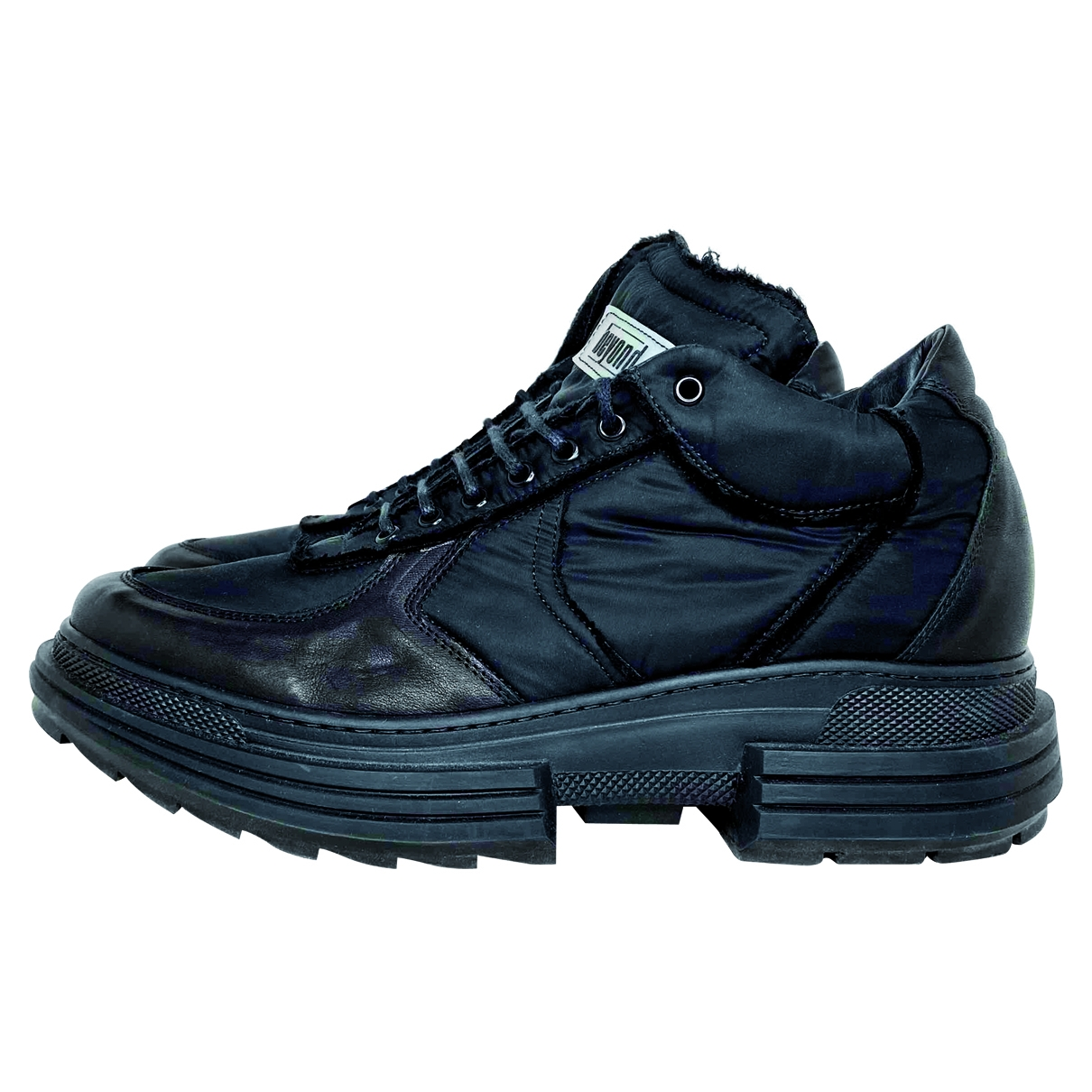 Non Signé / Unsigned \N Black Leather Trainers for Men 42 EU