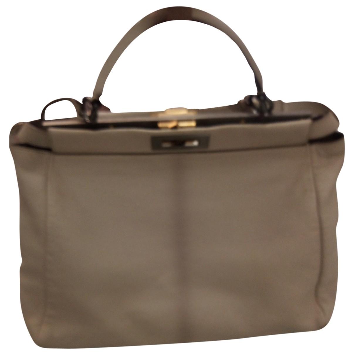 Fendi Peekaboo Handtasche in  Beige Leder