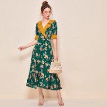 Contrast Notch Collar and Cuff Flounce Hem Floral Dress