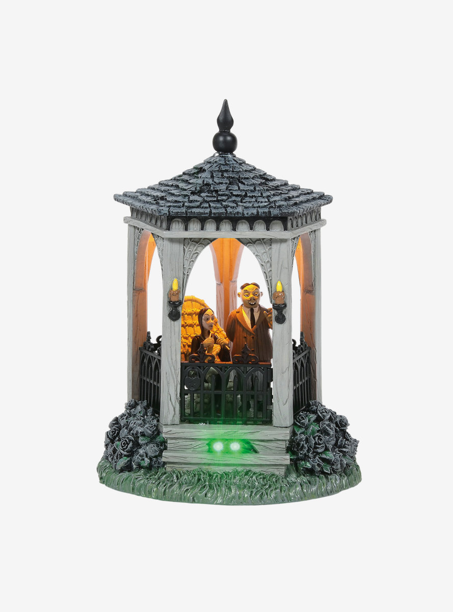 The Addams Family The Gazebo at Moonlight Figure