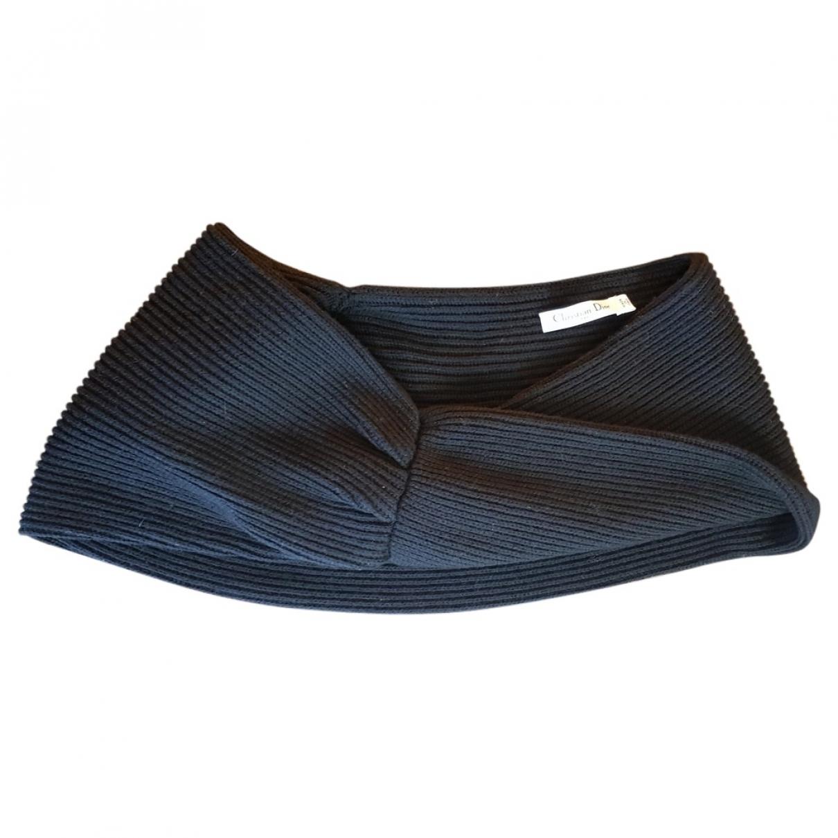 Cuello de Lana Dior