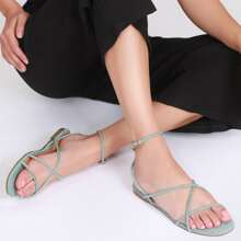 Strappy Buckle Ankle Open-Toe Flat Sandals