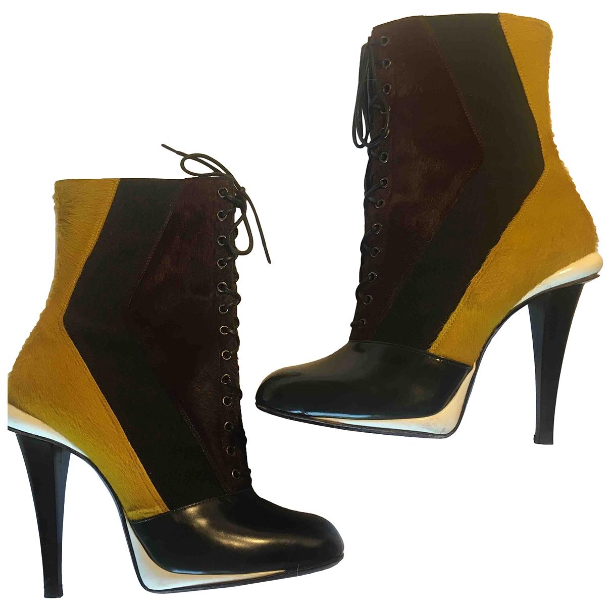 Fendi - Boots   pour femme en veau facon poulain - multicolore