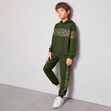 Conjunto pullover con estampado barroco con pantalones con costura