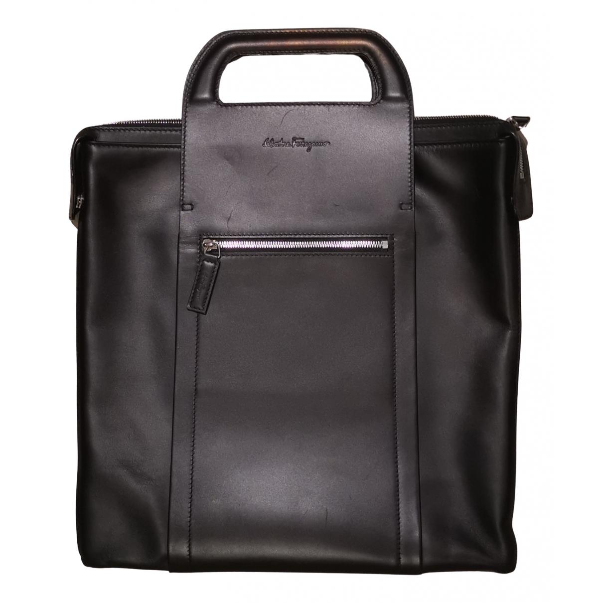 Salvatore Ferragamo \N Black Leather bag for Men \N