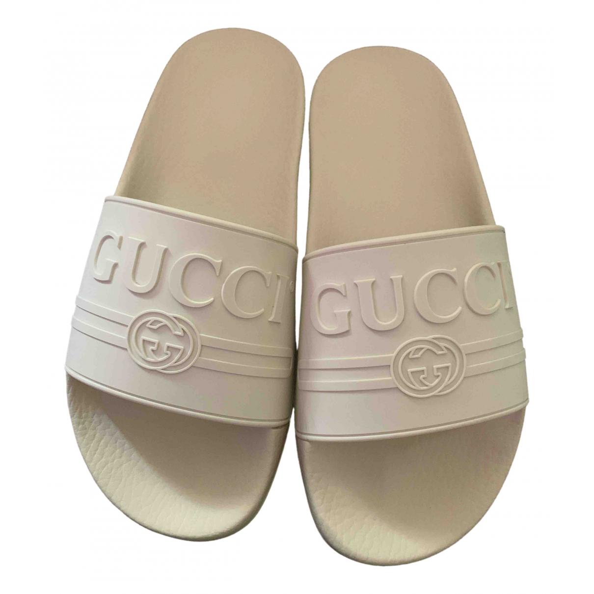 Gucci \N Sandalen in  Ecru Kunststoff