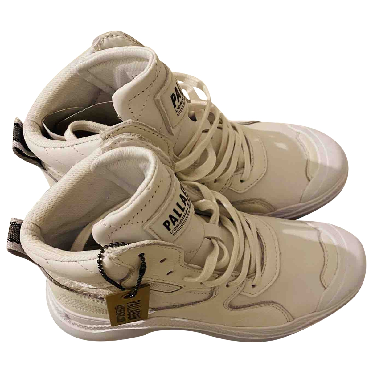 Non Signé / Unsigned \N White Leather Trainers for Women 38.5 EU