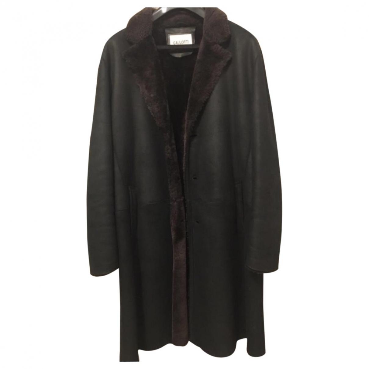 Non Signé / Unsigned \N Black Fur coat  for Men L International