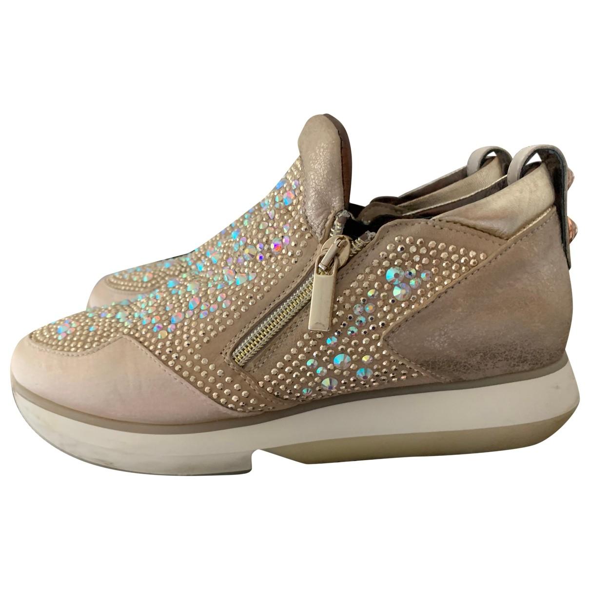 Alexander Smith \N Sneakers in  Beige Leder