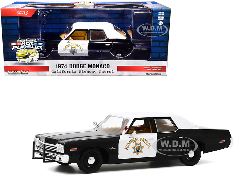 1974 Dodge Monaco California Highway Patrol (CHP) Black and White Hot Pursuit 1/24 Diecast Model Car by Greenlight