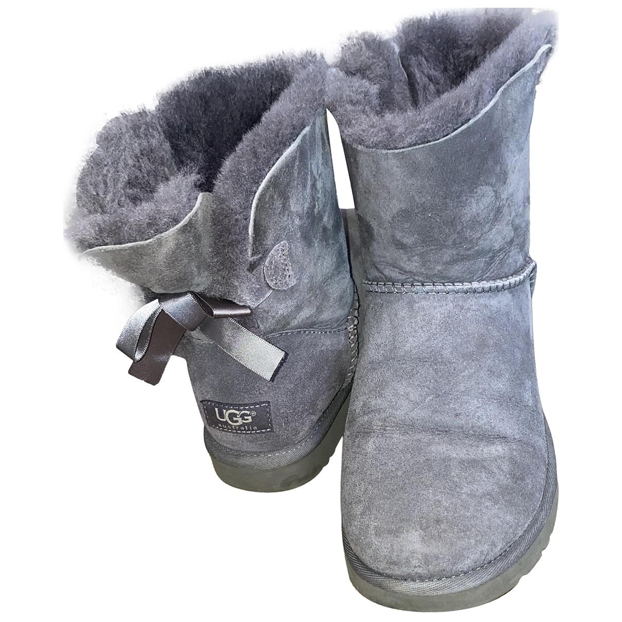 Ugg - Bottes   pour femme en suede - gris