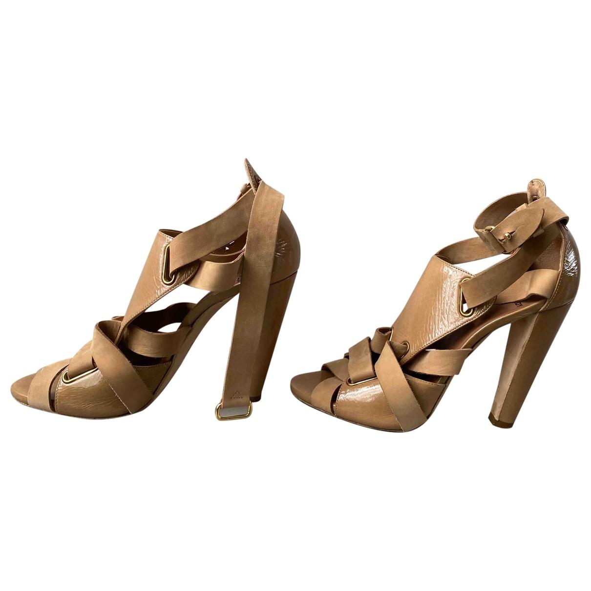 Pierre Hardy - Sandales   pour femme en cuir verni - beige