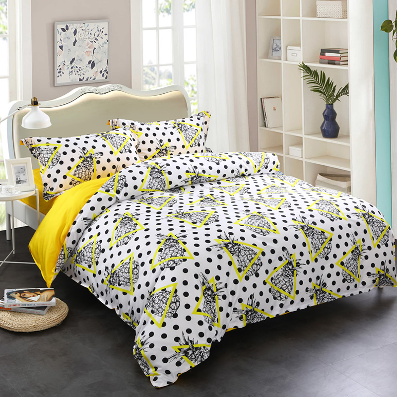 Adorila 60S Brocade Pineapples Yellow Triangles and Black Spot 4-Piece Cotton Bedding Sets
