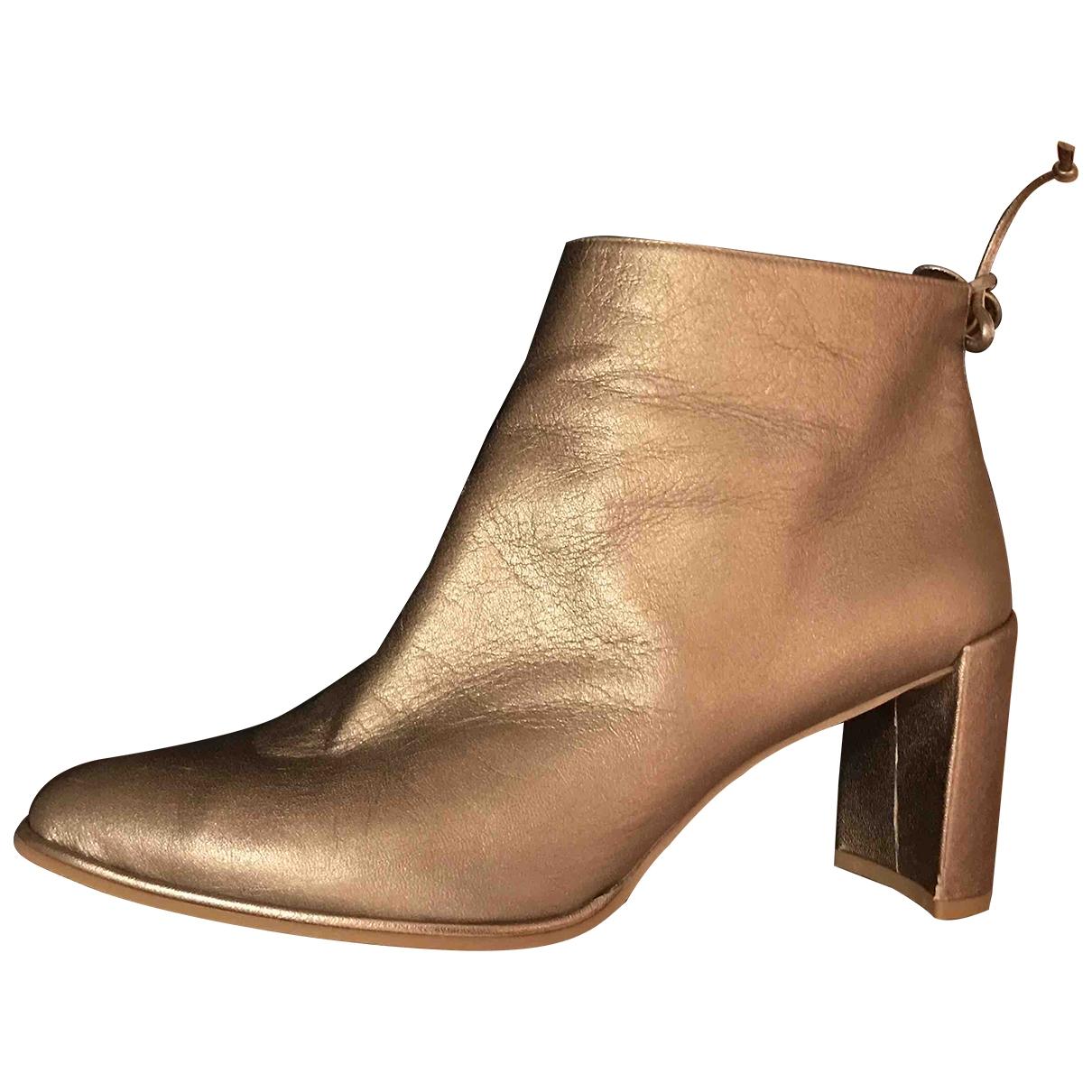 Stuart Weitzman \N Metallic Leather Ankle boots for Women 41 EU