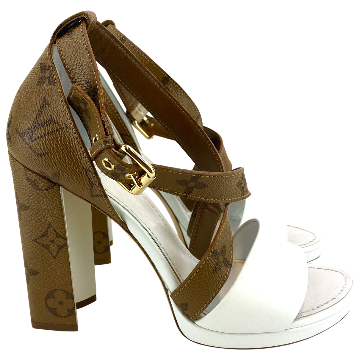 Louis Vuitton \N Sandalen in  Beige Leinen